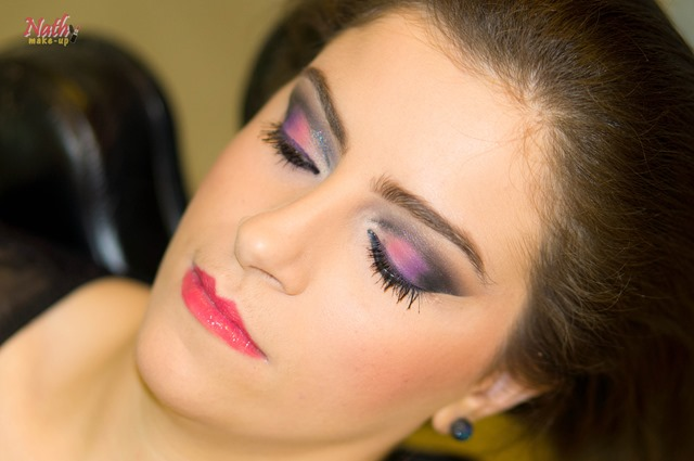 maquiagem esfumada colorida