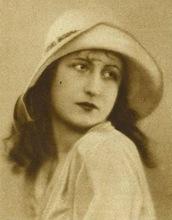 1927 Raymonde Allain