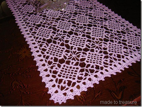 crochet sweet clover table runner