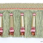 Taśma z frędzlami i koralami (dzwonkami) do dekoracji mebli, okien i wnętrz.