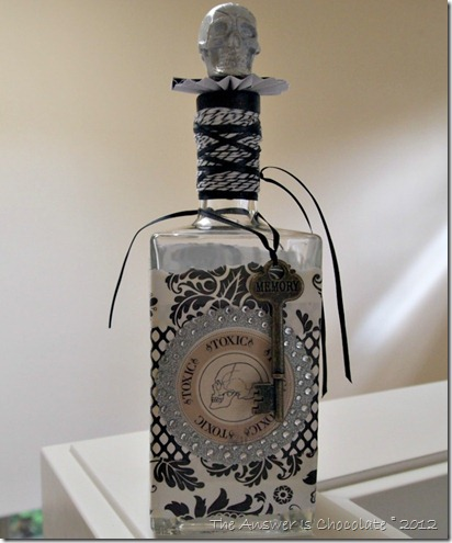 Skully Bottle