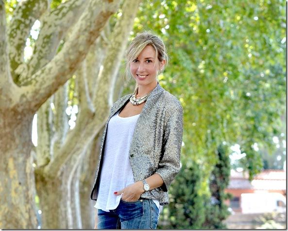 7_giacca paillettes-collana etnica