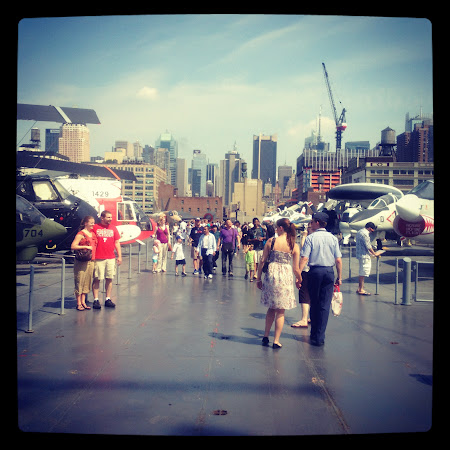 Museums of new York: Parked aircrafts on top of the Intrepid