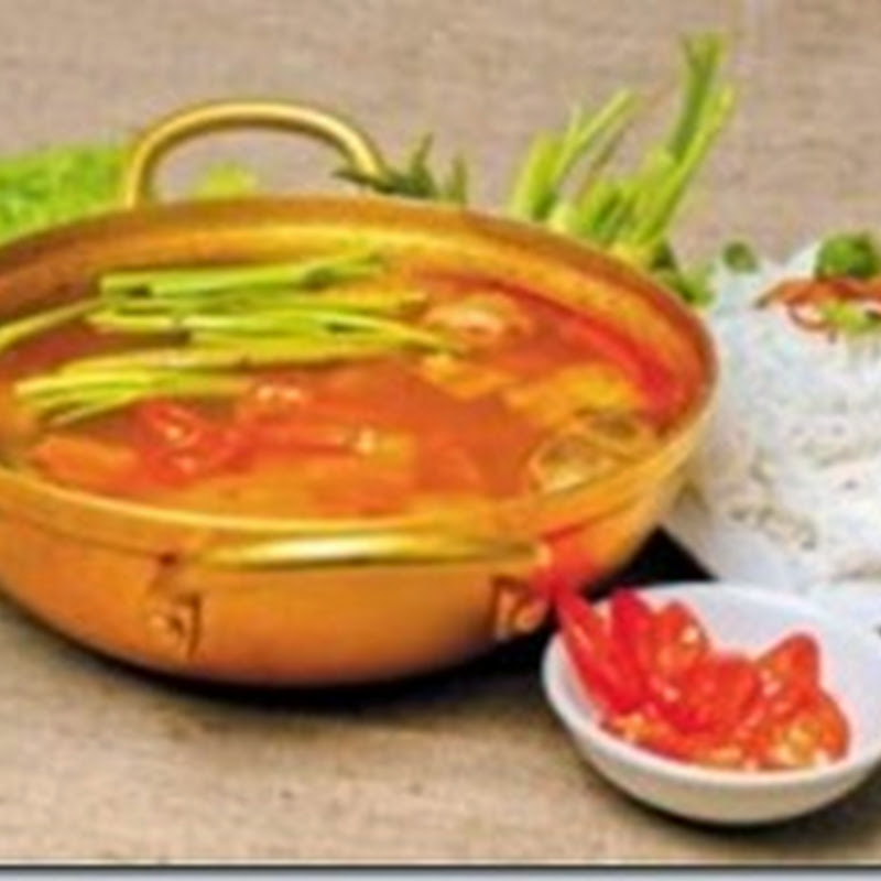 Lẩu kim chi (Kim chi hot pot) - Kim