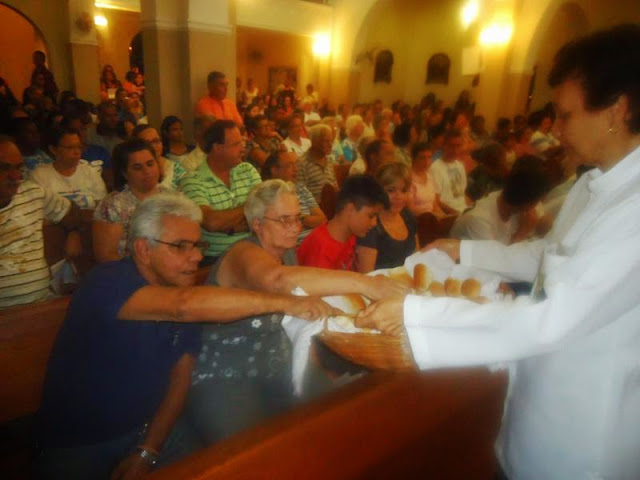 Quinta Feira Santa-11-2013.jpg