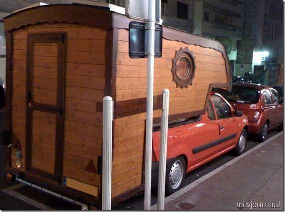 Dacia Pick Up Camper hout