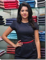 deeksha-seth-latest-cute