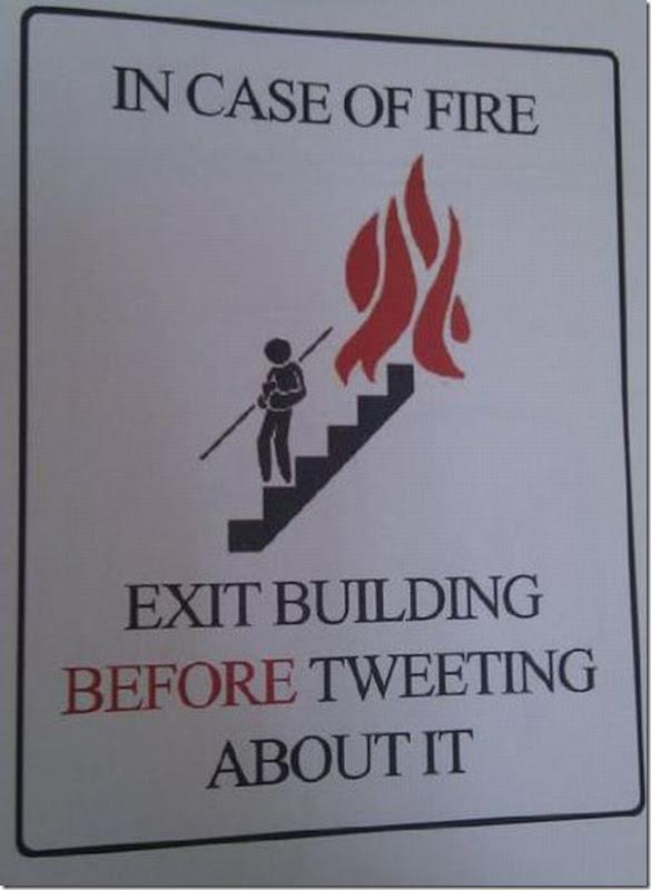 Em caso de incêndio, saia primeiro, twitte depois