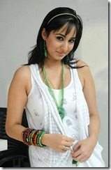 sakshi-gulati-high-resolution-hot