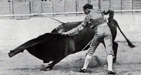 1916-09-18 (p. 10-10 La Lidia) Joselito Natural