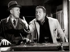 Bourvil et Gabin - on se demande où il va chercher tout ça