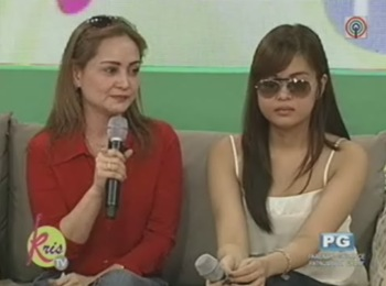 janelle and mom on kris tv