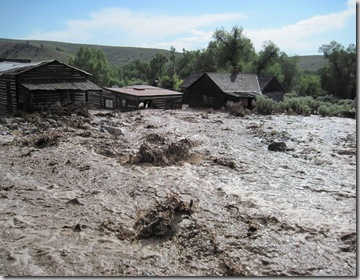 dil_ban_during_flood_taken_from_Bannack_association_facebook_page