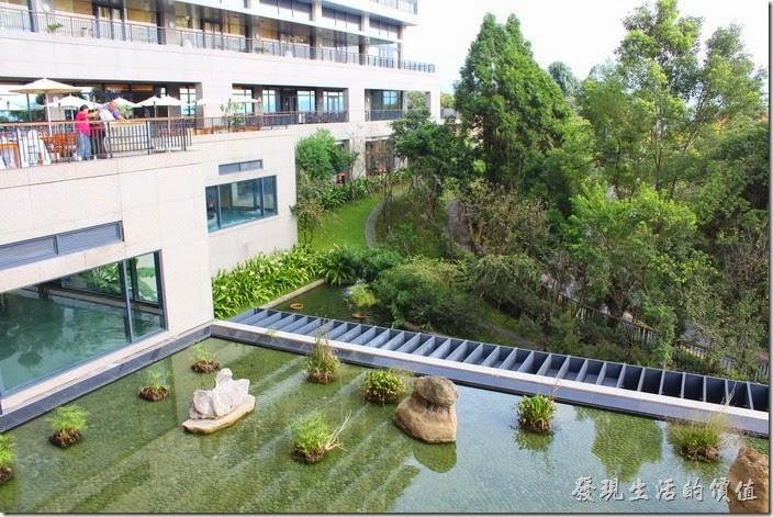 南投日月潭雲品酒店白天的景色。