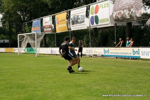 sss 18 familie en sponsorentoernooi 05-06-2011 (6).JPG