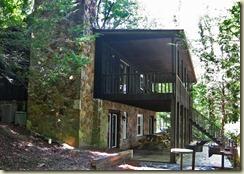 10 Cabin