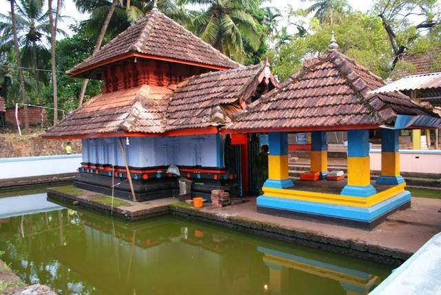 Temples in kerala trichambaram temple for Ananthasayanam mural painting