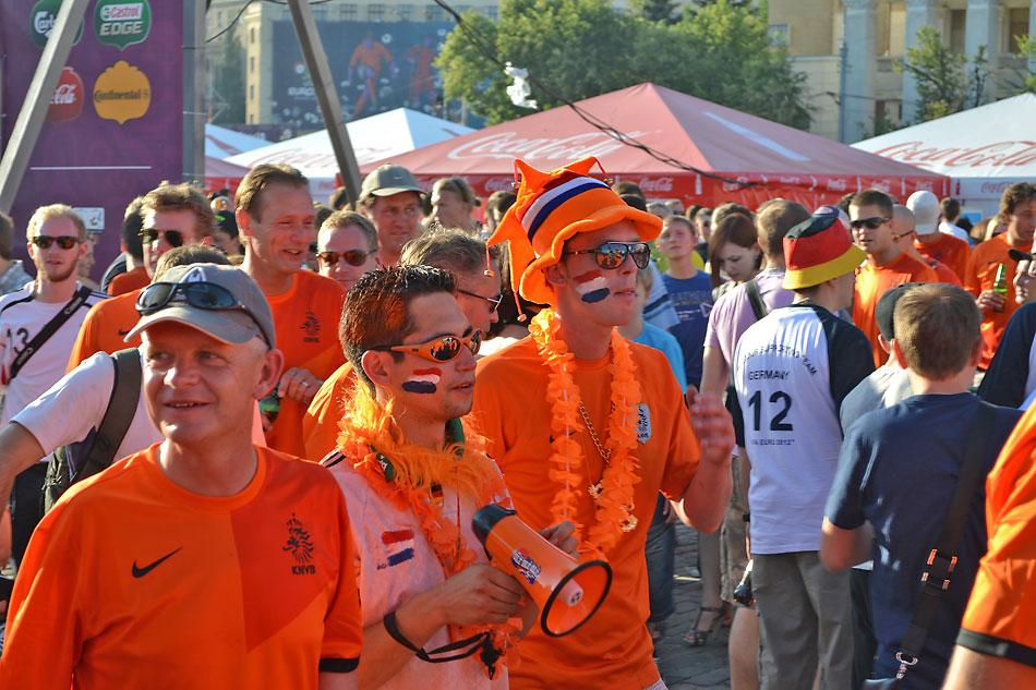 Евро 2012 по футболу. Харьков. 13 июня. Перед матчем Голландия - Германия - 86