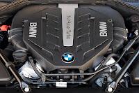 2013-BMW-7-Series-43.jpg
