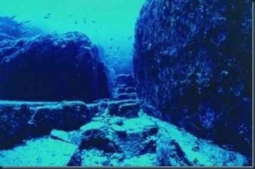 piramides-japão-submersa