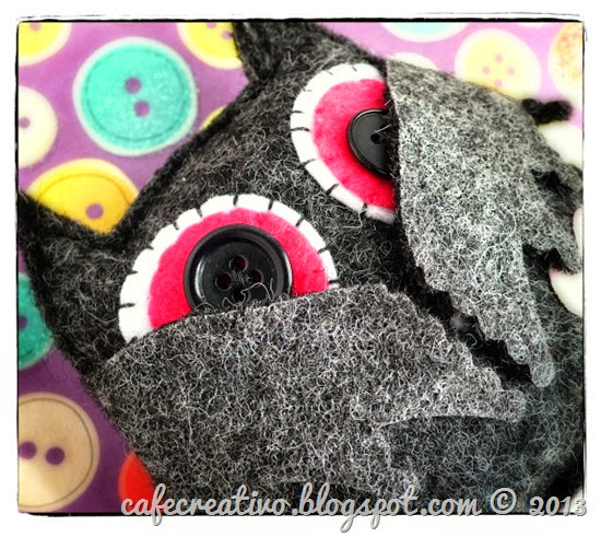 cafe creativo - Anna Drai - sizzix big shot - halloween - felt bat