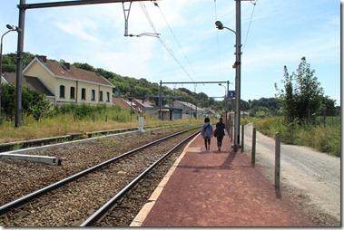 帰りの電車の方向を間違えて、逆方向へ・・・途中下車