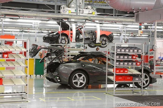Pabrik Ferrari (29)