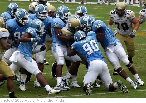 'GT v UNC 2009' photo (c) 2009, Hector Alejandro - license: http://creativecommons.org/licenses/by/2.0/