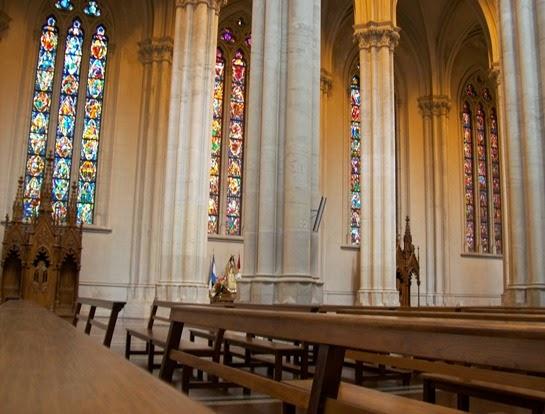 Vitrales_en_la_Catedral_de_La_Plata