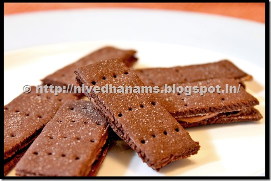 Chocolate Bourbon Biscuit - IMG_3378