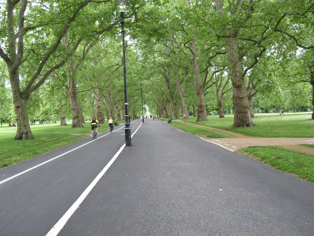 Hyde Park bike path