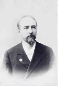 Главный врач больницы в 1900-1905 гг. доктор медицины Леонид Васильевич Смирнов