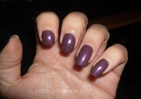 08-17-boots-cosmetics-nail-polishes-revenge