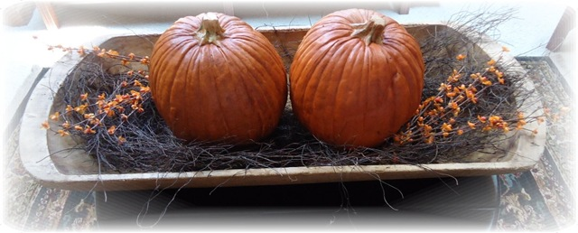 [Trencher%2520with%2520pumpkins%25201%255B3%255D.jpg]
