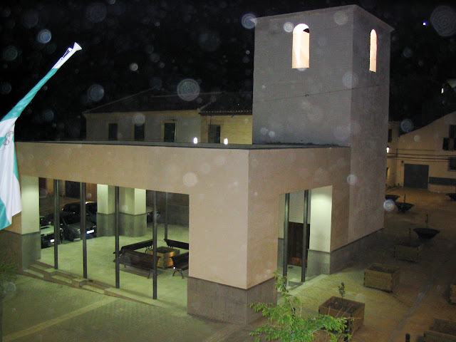 Restauración Antigua Iglesia noche.jpg