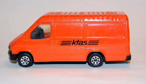 Corgi Ford Transit KTAS made
