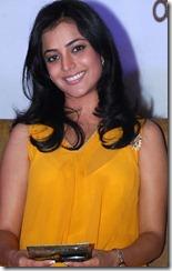 actress_nisha_agarwal_cute_still