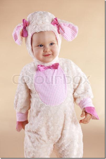 Baby in custume