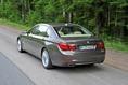 2013-BMW-7-Series-57