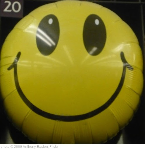 'Happy Face' photo (c) 2009, Anthony Easton - license: http://creativecommons.org/licenses/by/2.0/