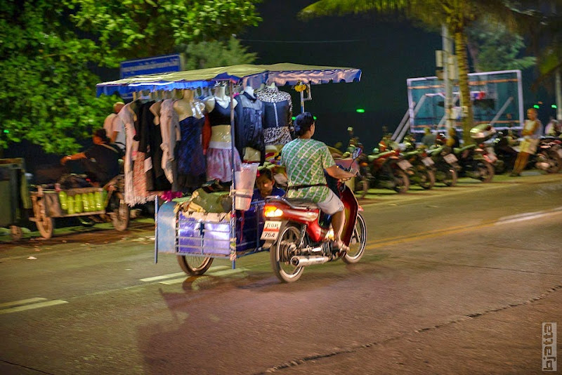 2557_Thailand_Pattaya_Jomtien_transport_tuk_tuk_tuck_tuck_taxi-30
