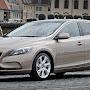 2013-Volvo-V40-New-15.jpg