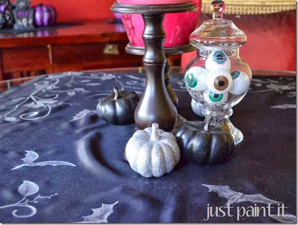 Halloween-Dining-Room-B