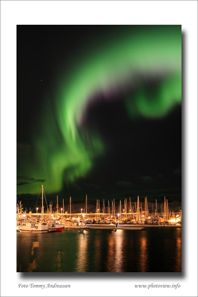 Nordlys_by_Tommy_Andreassen_copyright_IMG_1136
