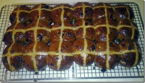 Glazed buns