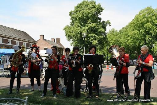 zomermarkt-joekskapellenfestival overloon 29-05-2011 (16).JPG