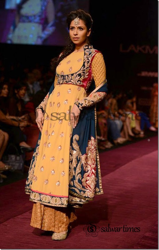 Shyamal_and_Bhumika_Collection_at_Lakme_Fashion_Week_2013 (2)