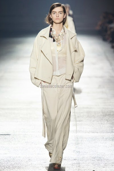Dries Van Noten's fashion show 2