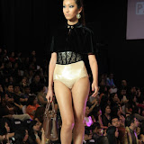 Philippine Fashion Week Spring Summer 2013 Parisian (16).JPG