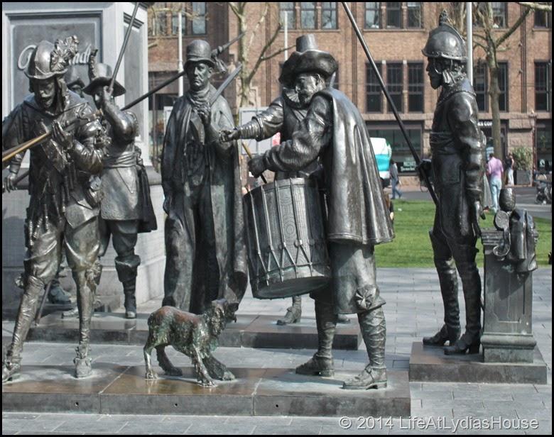 Rembrandt square 2